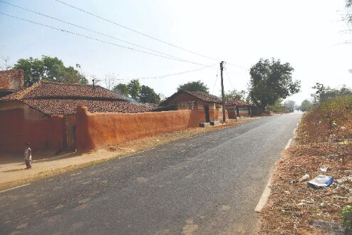 Pathashree Abhijan: About 1,000 km road in interior parts of villages reconstructed