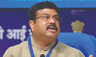 India to see Rs 10,000 crore   investment in LNG stations