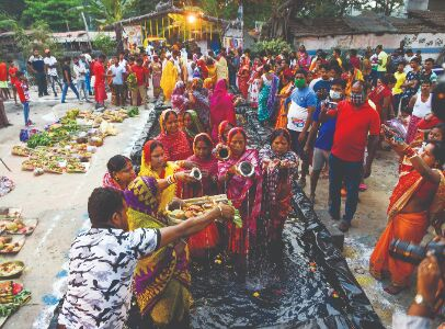 Chhath Puja observed maintaining all norms, peacefully across state