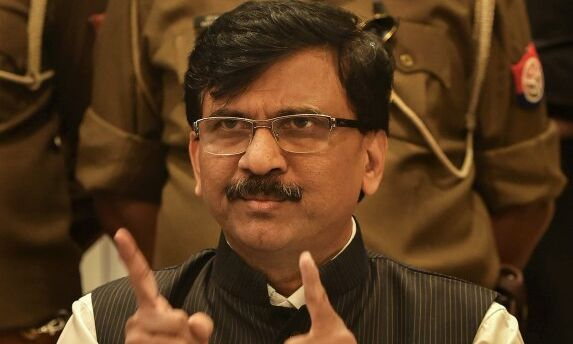 Farm laws row can be solved in 5 minutes if PM steps in: Raut