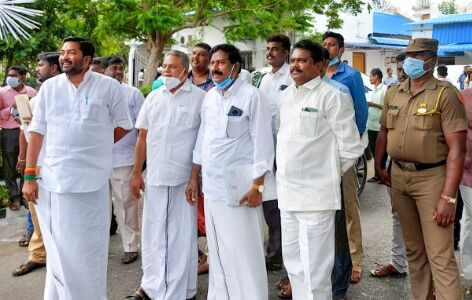 Cong govt in Puducherry falls after CM resigns ahead of confidence vote