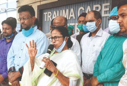 CM visits Jakir Hossian, says condition stable