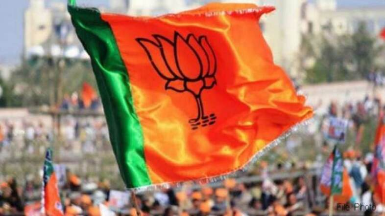 BJP hires 3 trains for Rs 60L to ferry supporters for Modis rally