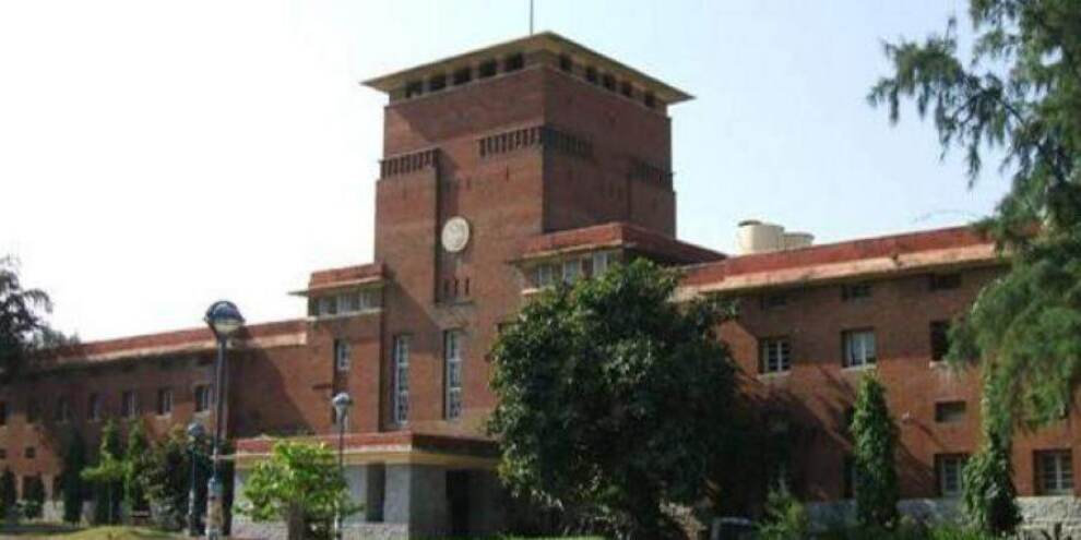 As Delhi University shuts offline classes, students insist on reopening