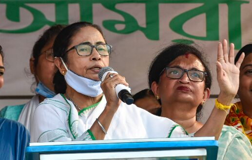 BJP seeks to change history to suit its agenda: Mamata
