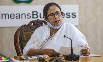 Mamata holds meeting on post poll violence in WB