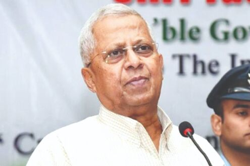 Politically stupid celebs given tickets: Tathagata