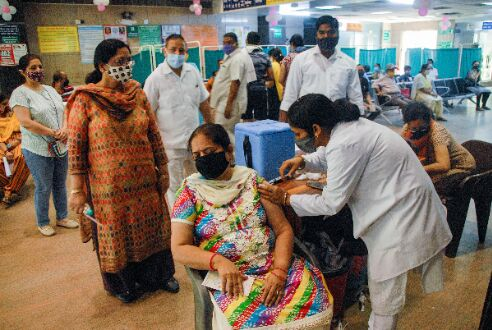COVID-19: Record rise in daily deaths in India, over 3.82 lakh new infections