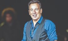 Bruce Springsteens artefacts to be displayed at Grammy Museum
